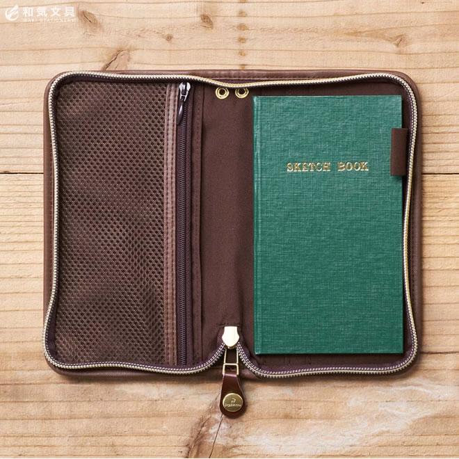 人気の野帳ノートと小物も収容できるノートカバー